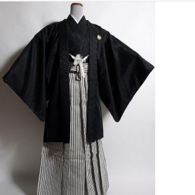c55aed60381 Japanese traditional dress  a spirit of Japan